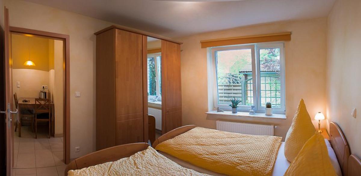 ferienwohnungen fam schwantes in buxtehude firma ferienwohnungen familie schwantesherr f. Black Bedroom Furniture Sets. Home Design Ideas