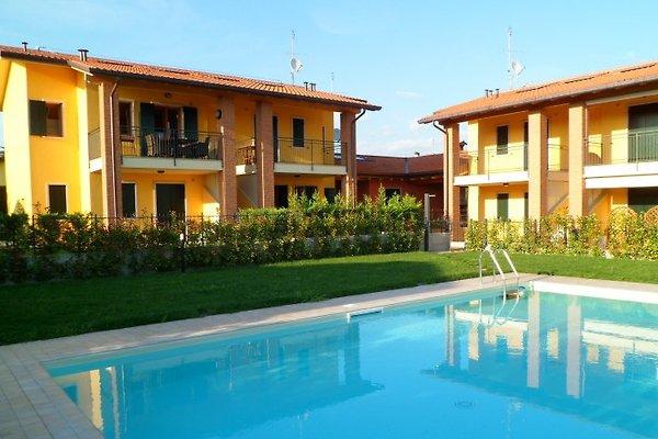 Residence Agli Olmi in Colà - picture 1