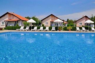 Sunny Hills Villa