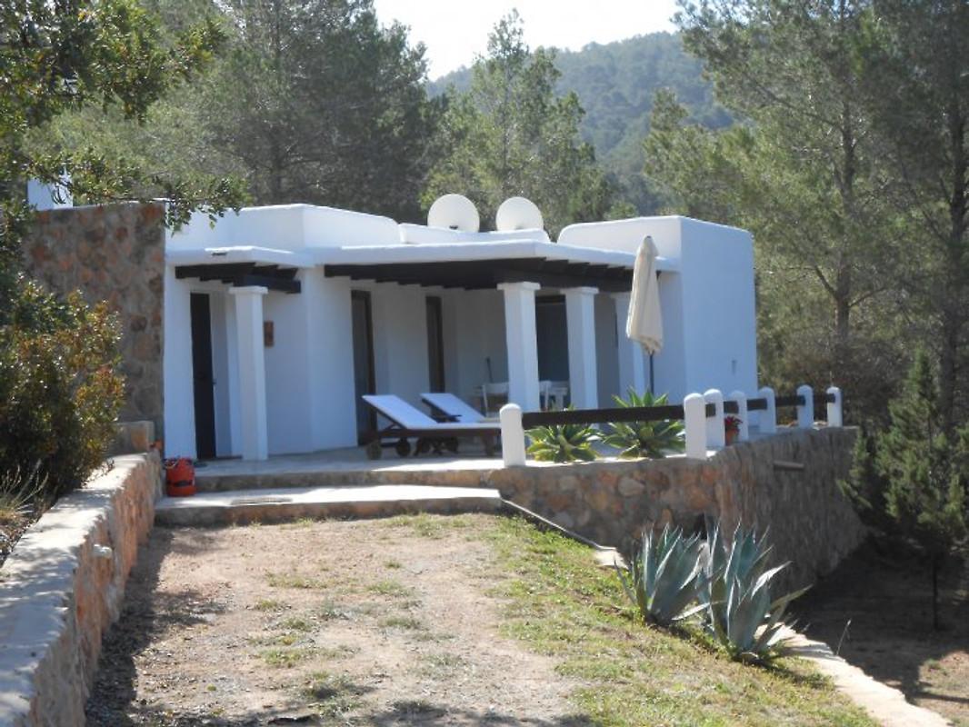 finca f r zwei auf ibiza ferienhaus in cala vadella mieten. Black Bedroom Furniture Sets. Home Design Ideas