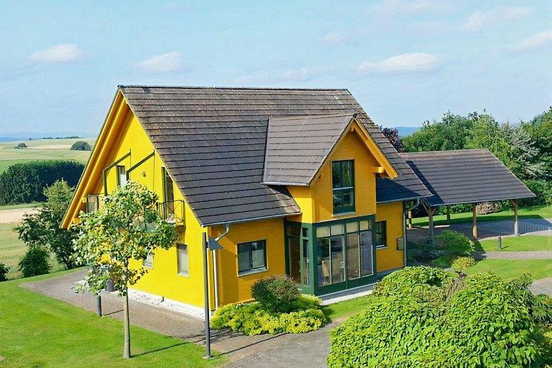Das Gelbe Landhaus