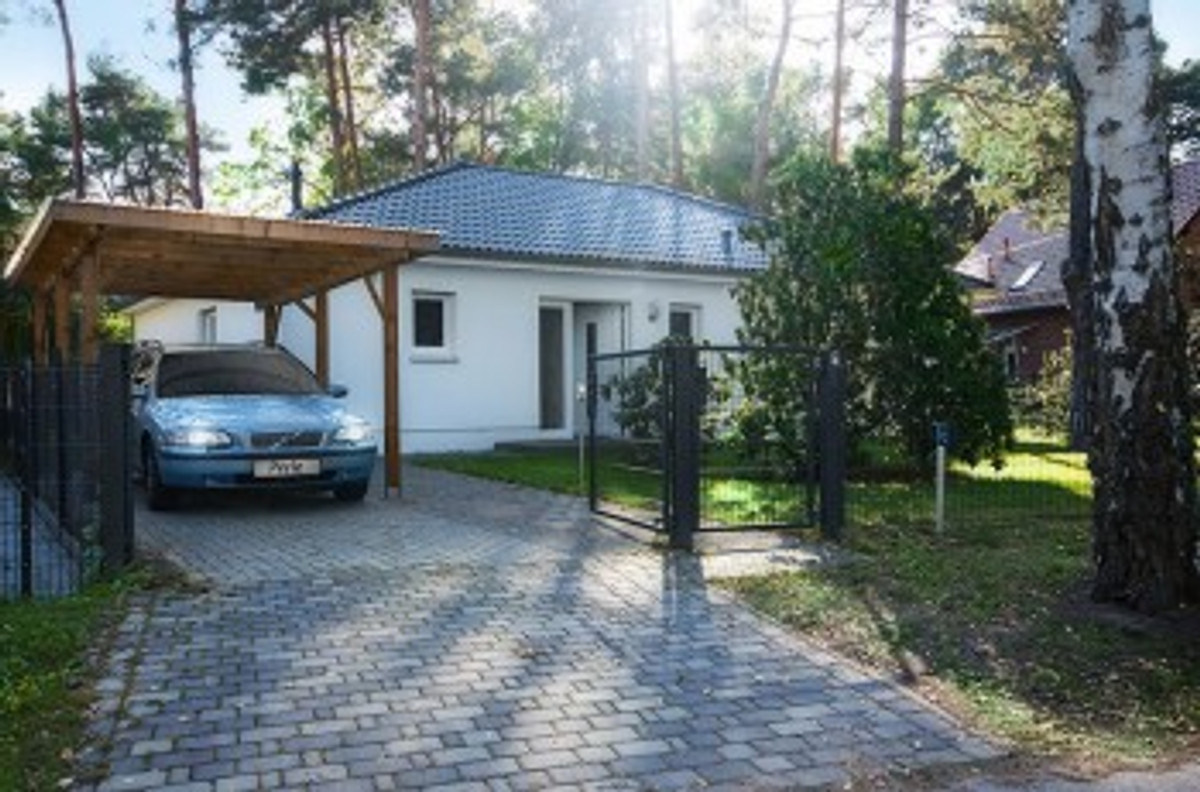 ferienhaus perle berlin ferienhaus in k nigs wusterhausen mieten. Black Bedroom Furniture Sets. Home Design Ideas