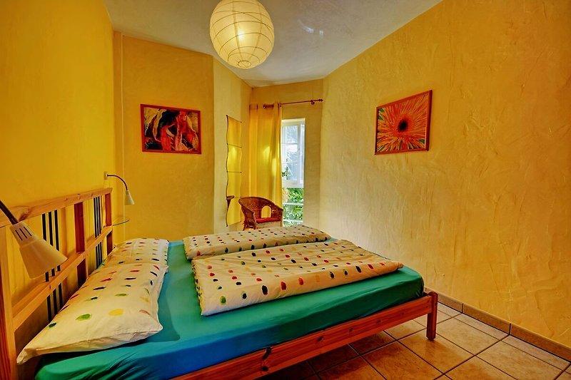 Schlafzimmer Bett 160x200 cm