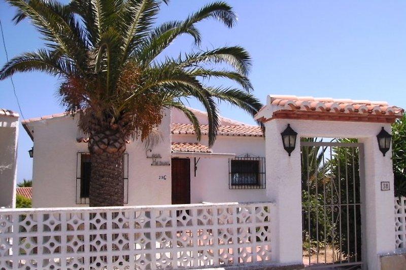 Haus Vorderseite mit Eingang