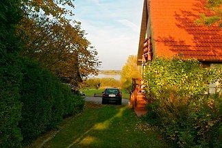 Ferienhaus Suleyken direkt am See