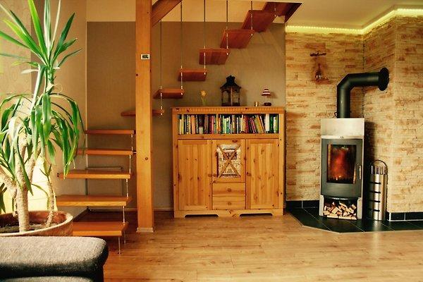 Wohnzimmer - Kamin, Zugang zur 2. Etage