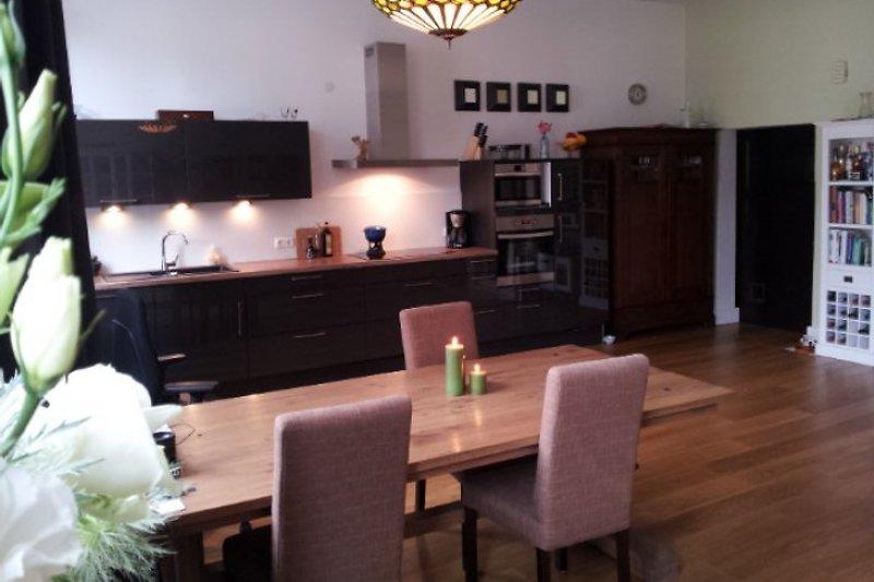 Wohnzimmer mit Kuche