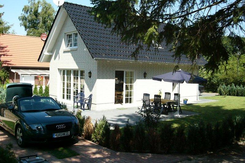 Ferienhaus Sandra, 95 m², 2 Schlafzimmer, 2 - 6 Personen, mit Sauna.