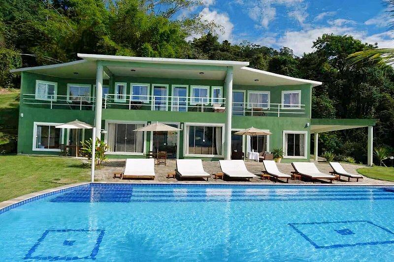 Ferienhaus mit Pool in Paraty Brasilien
