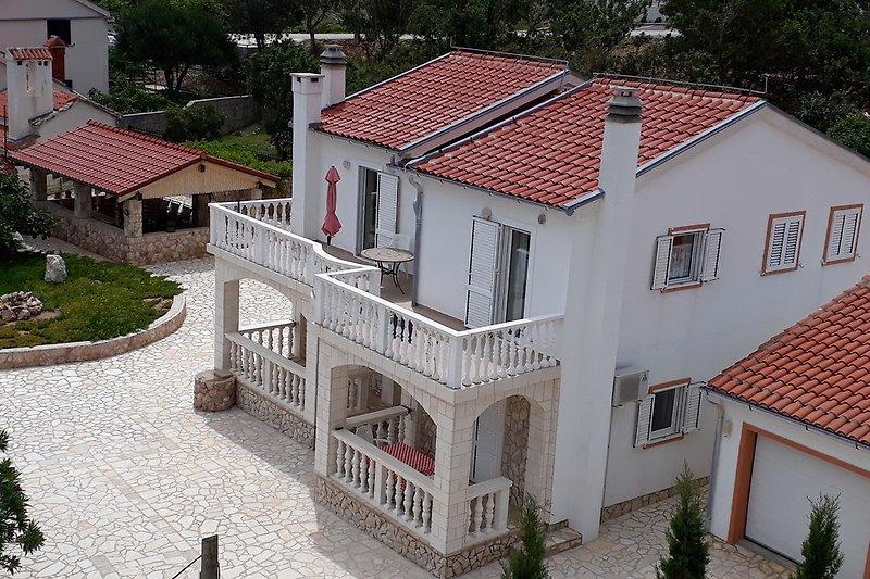 Haus Zlatko, mit fantastischem Blick zum Meer bis hinüber zum Velebitgebirge