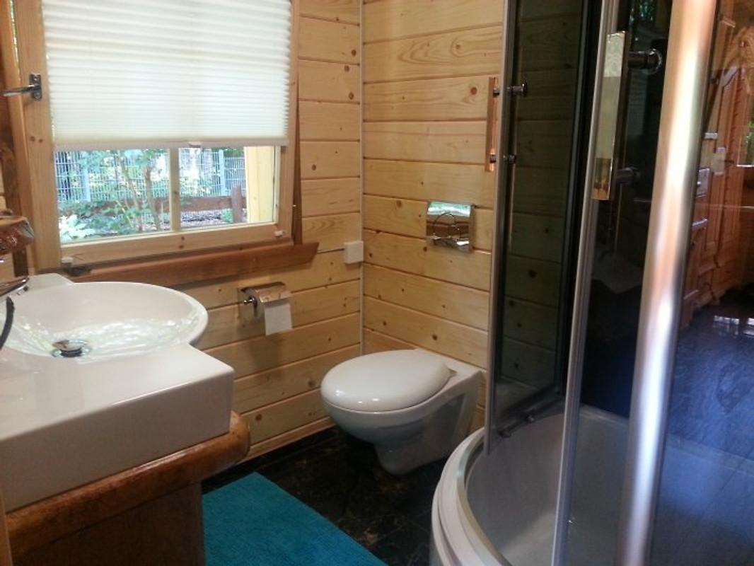 holzhaus waldwichtel am wald see ferienhaus in. Black Bedroom Furniture Sets. Home Design Ideas