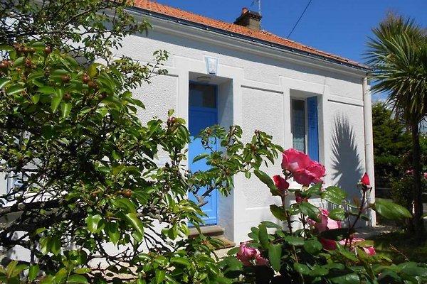 Maison les Volets Bleus à Les Sables dOlonne - Image 1