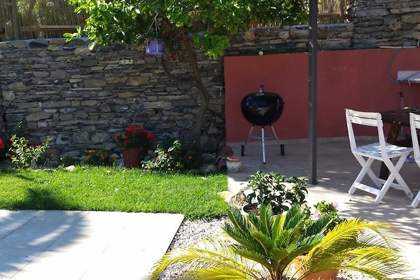 Casetta giulia ferienhaus in case carli mieten for Garten pool 3m