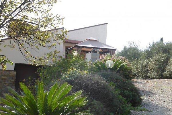 Casa dei Fiori à Poggi - Image 1