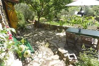 Detached house artists in the olive grove, 2 bedrooms, garden, absolute calm