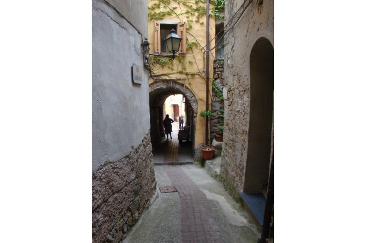 Casa giovanni appartement pietrabruna louer for La chambre de giovanni