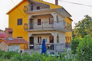 Freistehende Ferienhaus sehr gepflegt  mit Familie-Qualität-Auszeichnung Kvarner Bucht, Kastav - Opatija,  Kroatien, mit Pool, Grill, Garten, Weinkeller und free W-LAN.