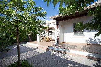 Villa Paola mit Garten
