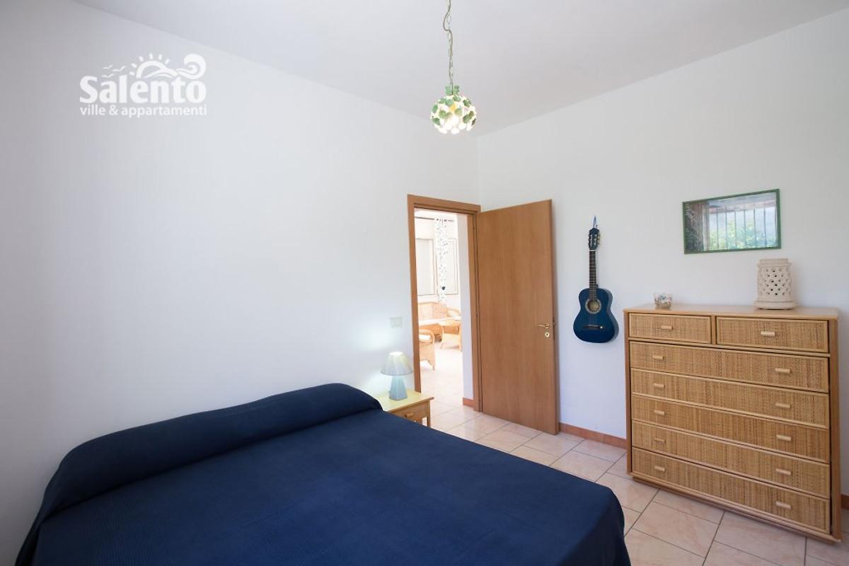 Villa paola con jard n casa de vacaciones en torre colimena for Apartamentos villa jardin cambrils