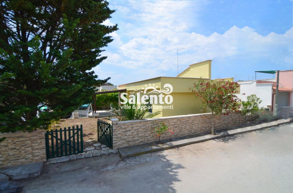 Villa teresa avec jardin maison de vacances punta for Jardin villa austral punta arenas