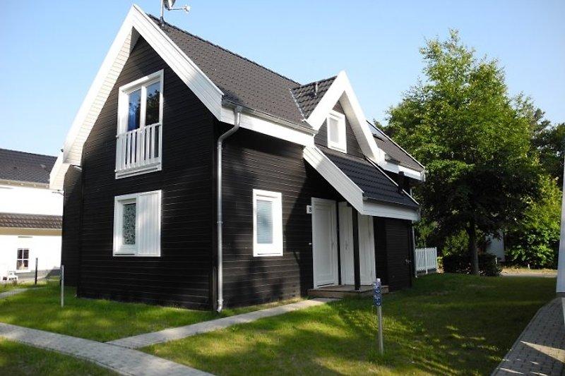 Herzlich willkommen im wunderschönen Ferienhaus 'Ostseezauber' mit...