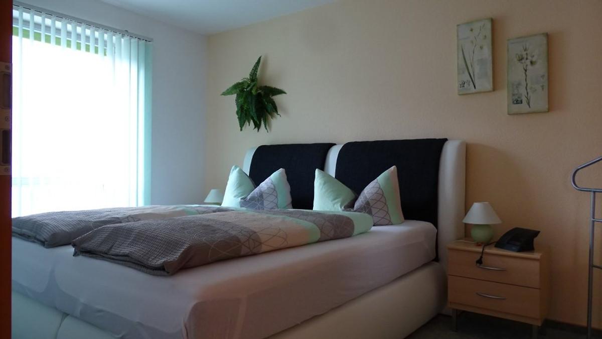 frau nacht ebay kleinanzeigen. Black Bedroom Furniture Sets. Home Design Ideas