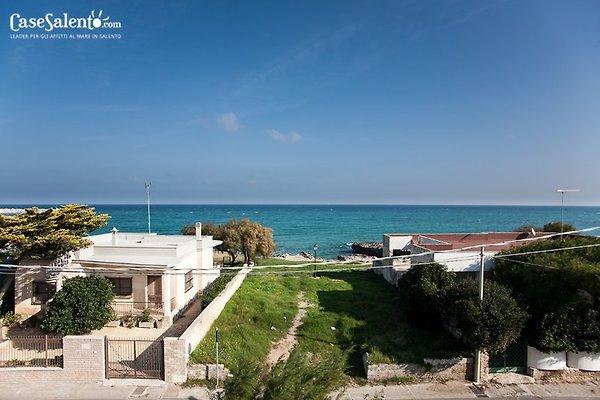 Haus mit Meerblick am Strand  in San Foca - Bild 1