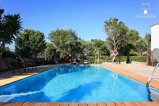 Villa con piscina en Gallipoli