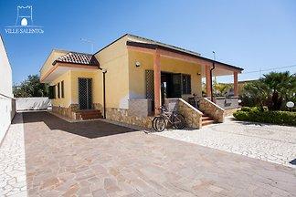 Villa près de la plage