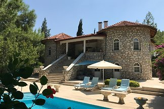 Exklusive Luxus Villa + Pool
