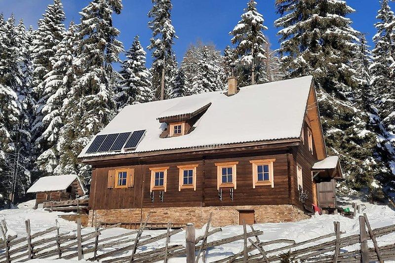 Grosshinterbergerhütte Winter