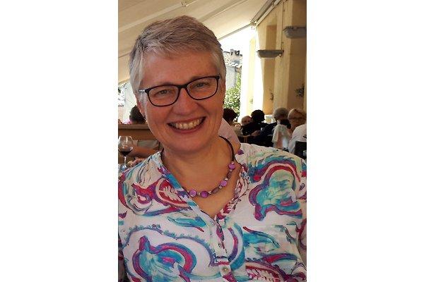 Mrs. A. Löwecke