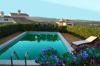 VILLA BERTO Pool und Garten.