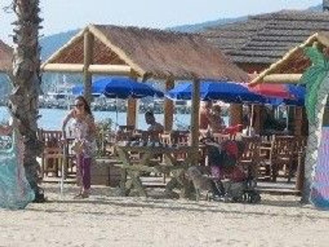 Mobilheim Kaufen Port Grimaud : Mobilheim in port grimaud firma cote d azur holidays herr k
