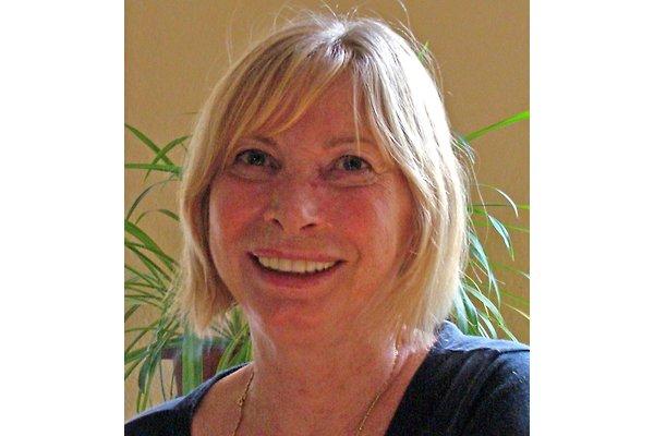 Mrs. I. Fendel-Accardo