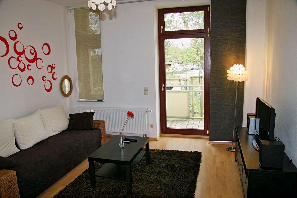 Ferienwohnung dresden zentrum ferienwohnung in dresden for Wohnzimmer dresden