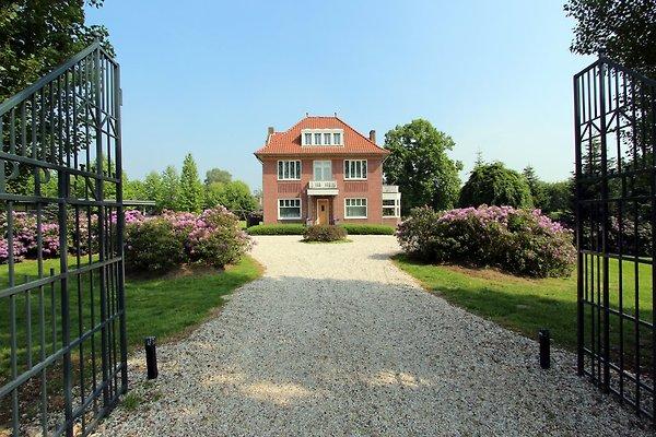 Villadelux McArthur à Roermond - Image 1