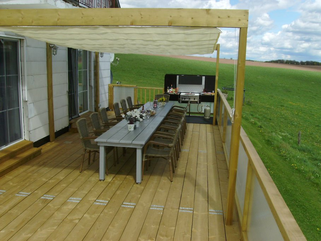 Eifelhaus rosie ferienhaus in oberlascheid mieten for Markise balkon mit tiefengrund tapete