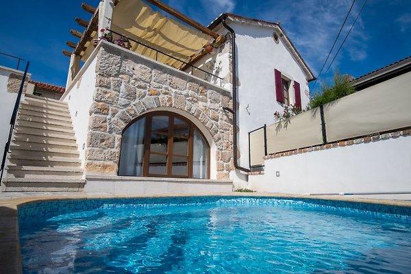 Villa NONNA mit Pool in Krk - Bild 1