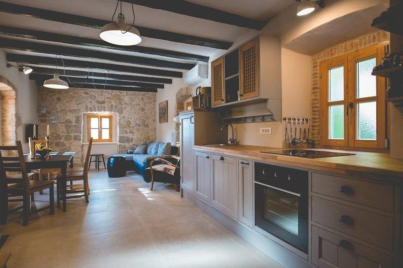 rustikales steinhaus jela mit pool ferienhaus in dobrinj. Black Bedroom Furniture Sets. Home Design Ideas
