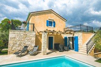 Casa Pinezici con piscina