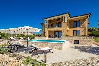 Luxus Villa CECILIA mit Pool
