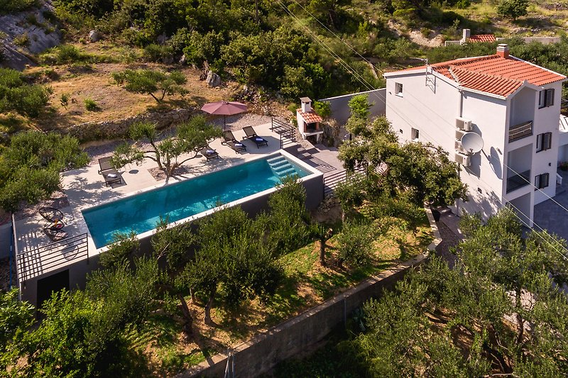 Villa Grigio Krvavica