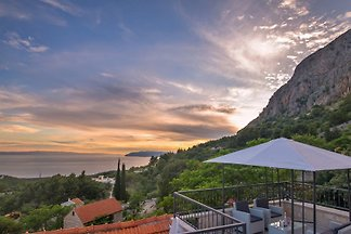 House Vitto with pool Makarska
