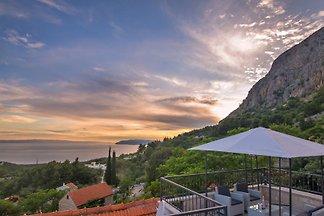 Maison Vitto avec piscine Makarska