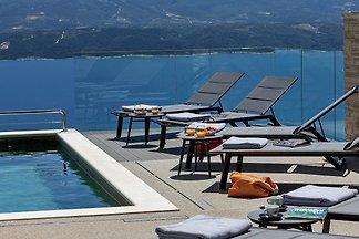 Villa Di mit beheiztem Pool &Sauna