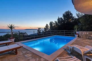 Maison Ivana Tucepi avec piscine