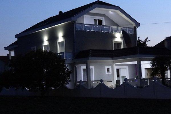 casa in Sukošan - immagine 1