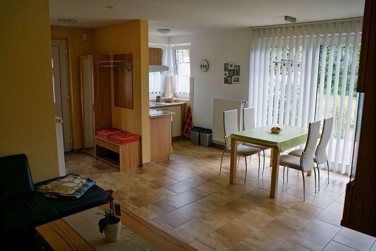 Haus malte in zinnowitz ferienhaus in zinnowitz mieten for Pentryküche