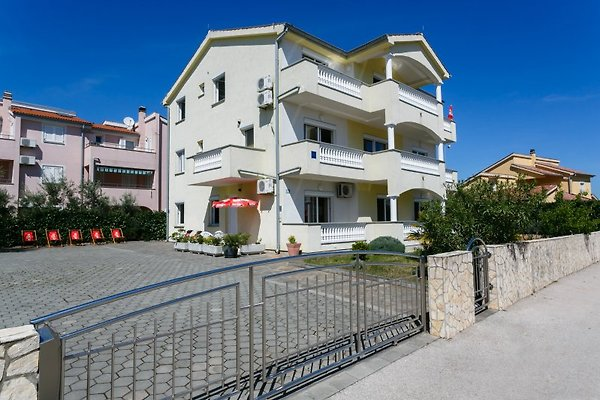 Casa Eleona - Appartamenti in Krk - immagine 1
